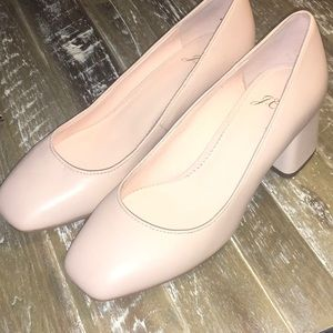 JCrew women's shoes pumps.